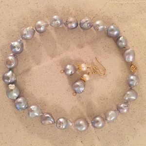 ❤️HP❤️Gorgeous Biwa Pearl necklace and earrings.